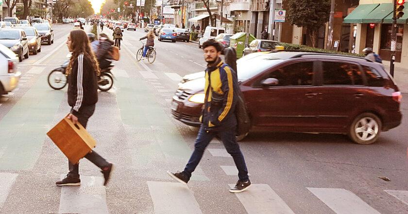 [polaroid] Ástor en la Avenida Pellegrini