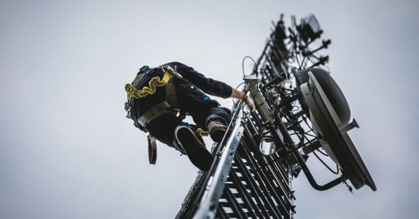 Los cableoperadores santafesinos le piden a Perotti que no duplique inversiones para el plan de conectividad
